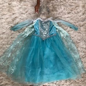 Disney Elsa Deluxe Dress and Crown Size 4